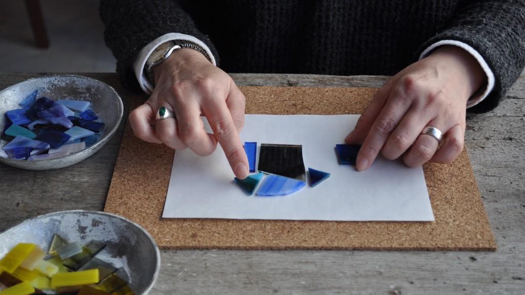 ateliermado ステンドグラス 手鏡 ワークショップ