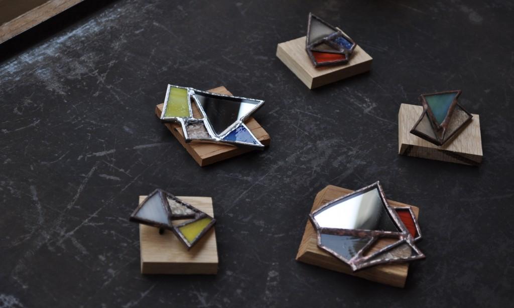 atelier mado  神戸 ステンドグラス ワークショップ 体験 手鏡 ブローチ